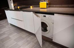 Установка стиральной машины на кухне Реутов